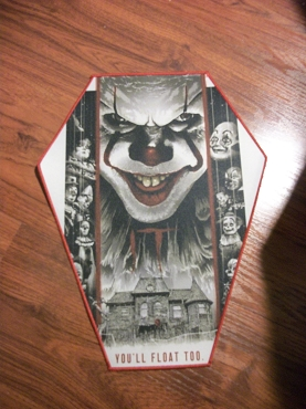 PENNYWISE STEPHEN KING (IT) PENNYWISE HOUSE HUGE COFFIN BACK PATCH EXCLUSIVE TO GHOULISH GOODIES ( ONLY 2 LEFT!)