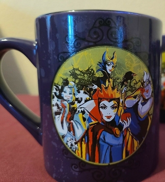 DISNEY VILLAINS HALLOWEEN PURPLE COLLECTORS MUG