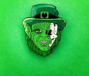 LEPRECHAUN HALF SKULL GREEN ENAMEL PIN AND FREE LIMITED EDITION STICKER VERY LIMITED STOCK ONLY 4 LEFT!