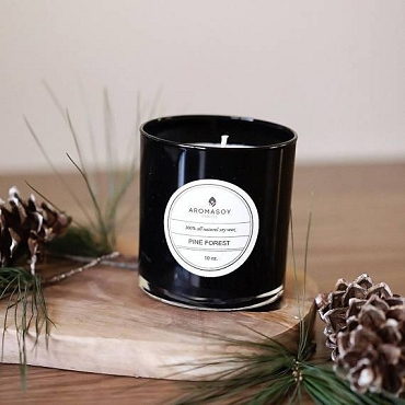 PINE FOREST SOY CANDLE BLACK GLASS 10 OZ