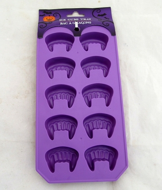 VAMPIRE FANGS PURPLE SILICONE ICE CUBE TRAY MOLD