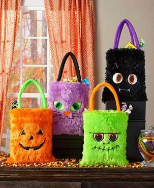 FUZZY FUNNY HALLOWEEN TREAT BAGS ( SET OF 4)